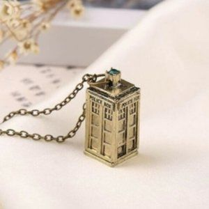 Jewelry - 3D Doctor Who Tardis Necklace w/Green Crystal NEW
